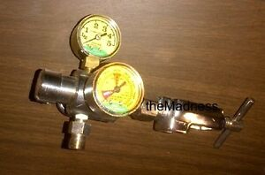 Mada Medical Oxygen Regulator Two 2 Gauges Good Condition Metal Medical Gas O2