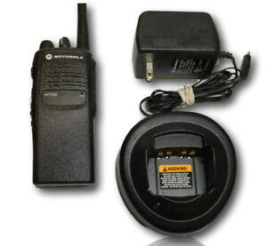 Motorola Ht750 Vhf Lowband 16 Channels 29 42 Mhz Aah25bec9aa3an