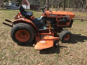 Kubota B7100 Hst 16 Hp Diesel Tractor With Belly Mower 2 Wheel Drive