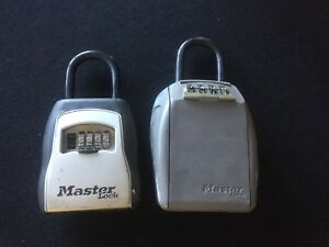 Master Lock Portable Lock Box Set Used Works Security Key Hide A Realtor House