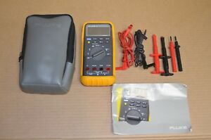 Fluke 87 True Rms Digital Multimeter With Case And Accessories