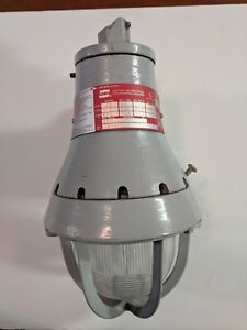 Crouse hinds Explosion Proof Light Fixture Cat eva 110 300w 250v New Other