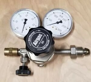 Airgas E11 215b General Purpose Regulator Single Stage Shutoff Valve