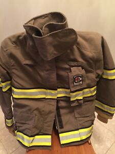 Chieftain Firefighter Turnout Coat Size Large Model Number 3200x