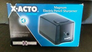 X acto Magnum Deluxe Heavy duty Desktop Electric Pencil Sharpener Black