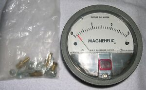New Dwyer Magnehelic Differential Pressure Gauge 2003c 0 3 Of Water Hardware