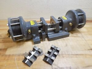 Heinrich Self centering Air Vise W Double Acting Cylinders 4 Jaws Defective
