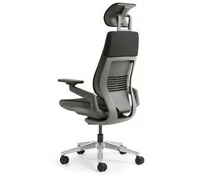 Steelcase Aluminum Gesture Chair Lumbar Headrest Platinum Light Frame Graphite