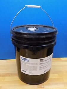Rustlick 5 Gal Water Soluble Cutting Fluid For Reaming Tapping And Drilling