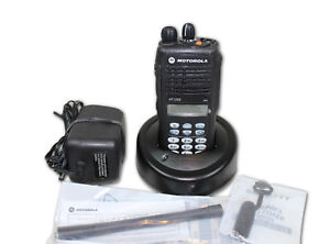 Aah25kdh9aa6an Motorola Ht1250 Vhf 136 174 128 Ch Full Keypad New o s no Box