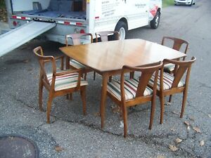 Mid Century Modern Mcm Dining Set Table Chairs China Cabinet Display Cabinet