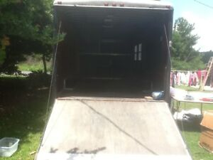 Enclosed Gooseneck Cargo Carhauler Trailer Must See