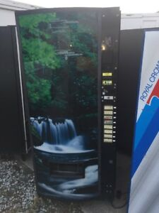 Vendo Vmax 575 Multi Price Soda Vending Machine Bottles Cans Waterfall Graphic