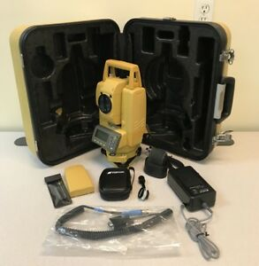 Topcon 3 Total Station Gpt 3003w W 2 Batteries Bluetooth Reflectorless