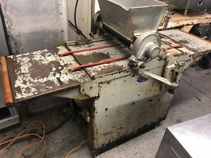 Triumph Manufacturing Handy Wire Cookie Dropper depositor Model Handy 17