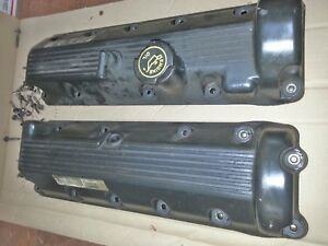 Ford 4 6l V 8 Set Of Valve Covers Used