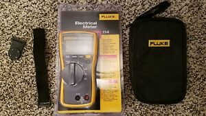 Fluke 114 Meter With Fluke Leads Soft Case Hanging Magnet Brand New 116 115