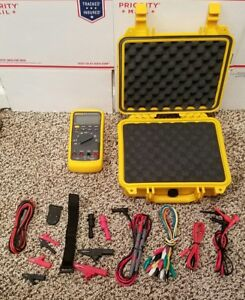 Fluke 87v Multimeter Pristine Condition Fluke Hard Case Many New Access