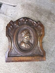 1920 S 6 Carved Wood Pediment W Bust