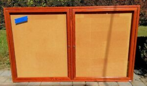 Enclosed Locking Bulletin Board Natural Cork Fiiberboard 60x38 Red Maple Wood