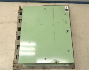 Cutler hammer Eaton 40 x30 x10 5 Panelboard Enclosure Electric Cabinet Box
