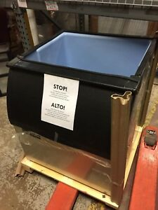Ice o matic B40ps 30 Slope front Ice Storage Bin