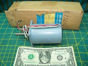 Superior Electric Slo syn Driving Motor Ts25 1015 5 4vdc 20oz in Nos New Usa