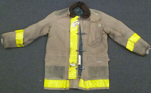 42x35 Firefighter Jacket Coat Bunker Turn Out Gear Globe J617