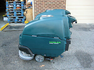 1pc Nobles Ss5 Floor Scrubber 32 Under 600 Hours