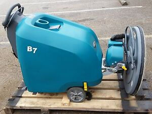 Tennant B7 27 inch Battery powered Walk Behind Burnisher Under 300 Hours