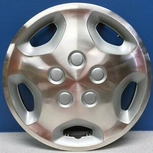 One 1992 1995 Toyota Pickup 61067 14 Metal Hubcap Wheel Cover 42621 35220 New
