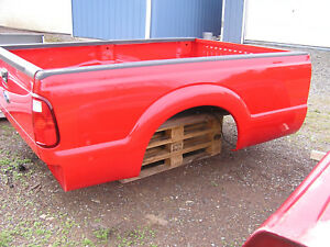 New Ford Super Duty 8 Truck Bed W Bolt Kit 1999 2016 Race Red Perfect Condition