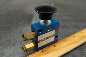 Mead Pc 51 Manual Air Control Valve Normally Closed 3 way 2 Position 1 8 Npt
