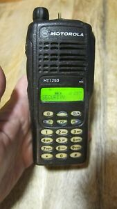 Motorola Ht1250 Uhf Two Way Radio As is