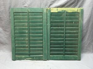 Small Pair Antique House Window Wood Louvered Shutters 24x16 Shabby Vtg 355 18e