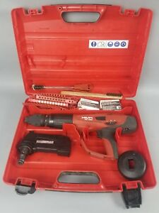 Hilti Dx 460 Powder Actuated Fastening Tool W F8 Head And Mx 72 Clip 08 051