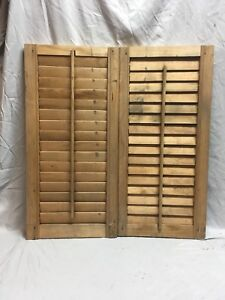 Small Pair Antique House Window Wood Louvered Shutters 30x14 Shabby Vtg 368 18e