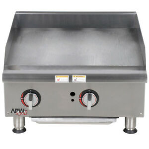 Apw Wyott Ggm 24i 24 Gas Countertop Champion Griddle With Manual Controls