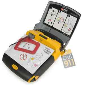Medtronic Physio control Lifepak Cr Plus Aed With Case Pads And Battery