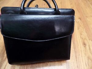 Classic Black Leather Franklin Covey Planner binder purse Handles No Rings bindr