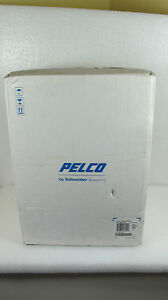Pelco Is51 dwsv8f Color Cctv Camera With Mount Bracket