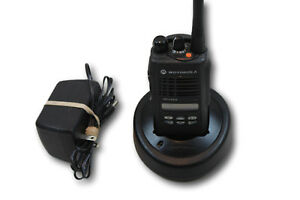 Motorola Ht1250 Uhf 450 512 Mhz 128 Channels 4w