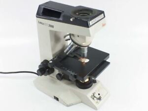 Leica Atc2000 Microscope Base With 3 Objectives And Lamp No Head As is