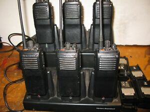 6 Vertex Vx 921 g7 5 Uhf 450 512mhz 5 Watt 48 Channel Radios With Bank Charger