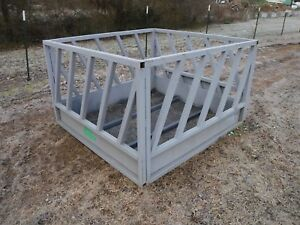 Bobcat Skid Steer Tractor Loader Attachment Round Hay Bale Feeder Free Ship
