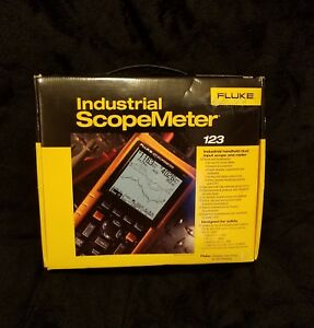 Fluke 123 Industrial Scopemeter Brand New
