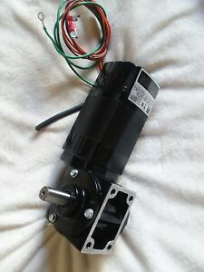 Bodine Dc Gear Motor 24v 1 8hp 60 1 Ratio Rpm 42 22b4bebl 3n Brand New
