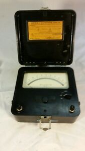 30s Vintage Voltmeter Weston Secrect City Atomic Era Steampunk Scientific
