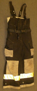 32x28 Firefighter Pants With Suspenders Bunker Turnout Fire Gear Cairns P912