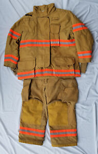 Janesville Firefighter Turnout Bunker Gear Excellent Condition